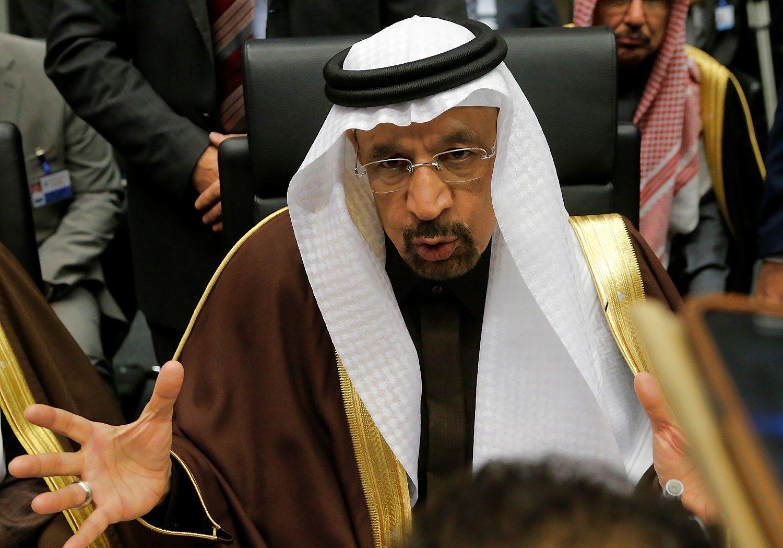 "Naftos spekuliantų avantiūrizmas: per 2 valandas ""Brent"" šoktelėjo 8%"