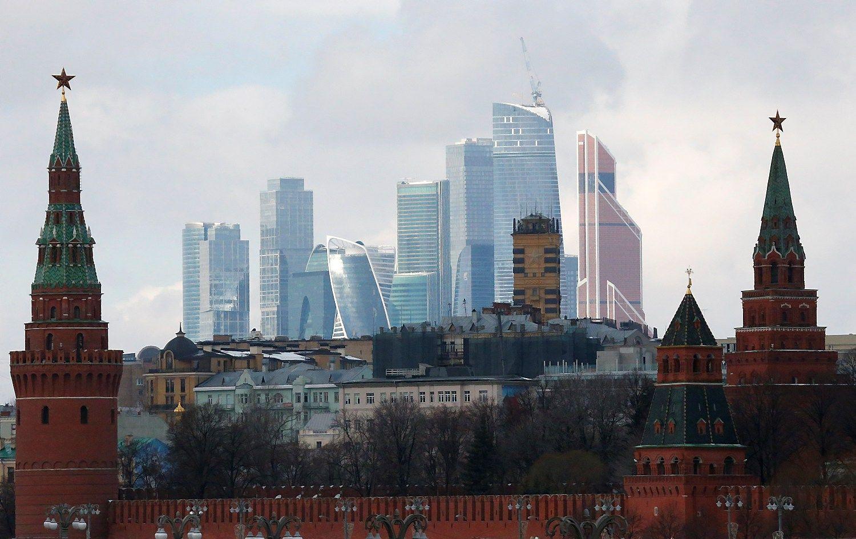 TVF: Rusija sugėrė sankcijų ir naftos šokus