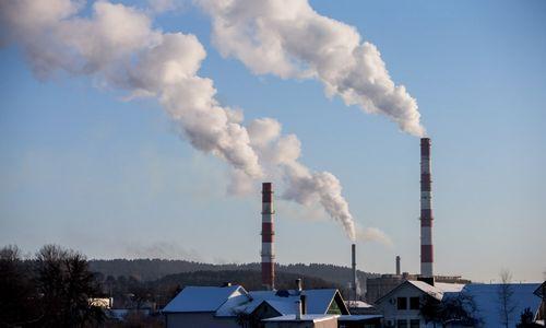 """Po lėšų užšaldymo """"Vilniaus energija"""" neatsiskaito su tiekėjais"""