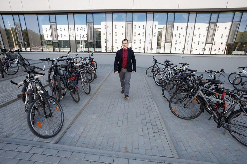 """Žilvinas Dubosas, """"Baltik vairo"""" generalinis direktorius: """"Tai bus partnerystė visa apimtimi: dirbsime kaip klientas, ir kaip tiekėjas, t. y. pirksime iš jų elektrines sistemas ir siūlysime kitiems klientams, gaminsime jų prekės ženklo elektrinius dviračius. Vladimiro Ivanovo (VŽ) nuotr."""