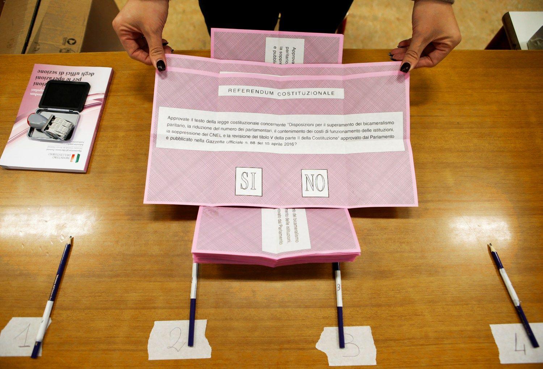 5 dalykai, galintys atspindėti Italijos referendumo baigtį