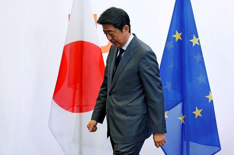 """Shinzo Abe, Japonijos premjeras. Francois Lenoiro (""""Reuters"""" / """"Scanpix"""") nuotr."""