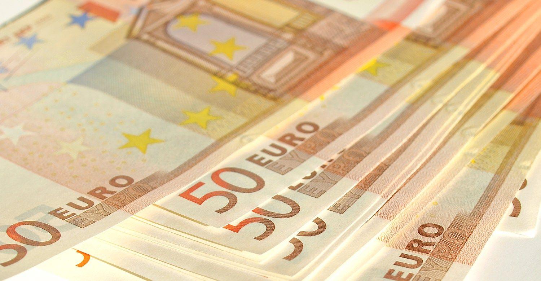 Deda pamatus Junckerio pinigų įsisavinimo institucijai