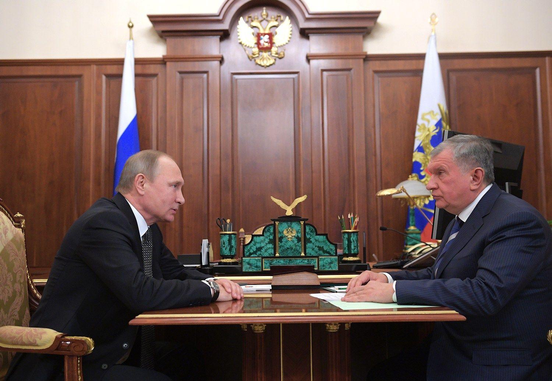"""Penktadalis """"Rosneft"""" akcijų parduotas už 10,5 mlrd. Eur"""