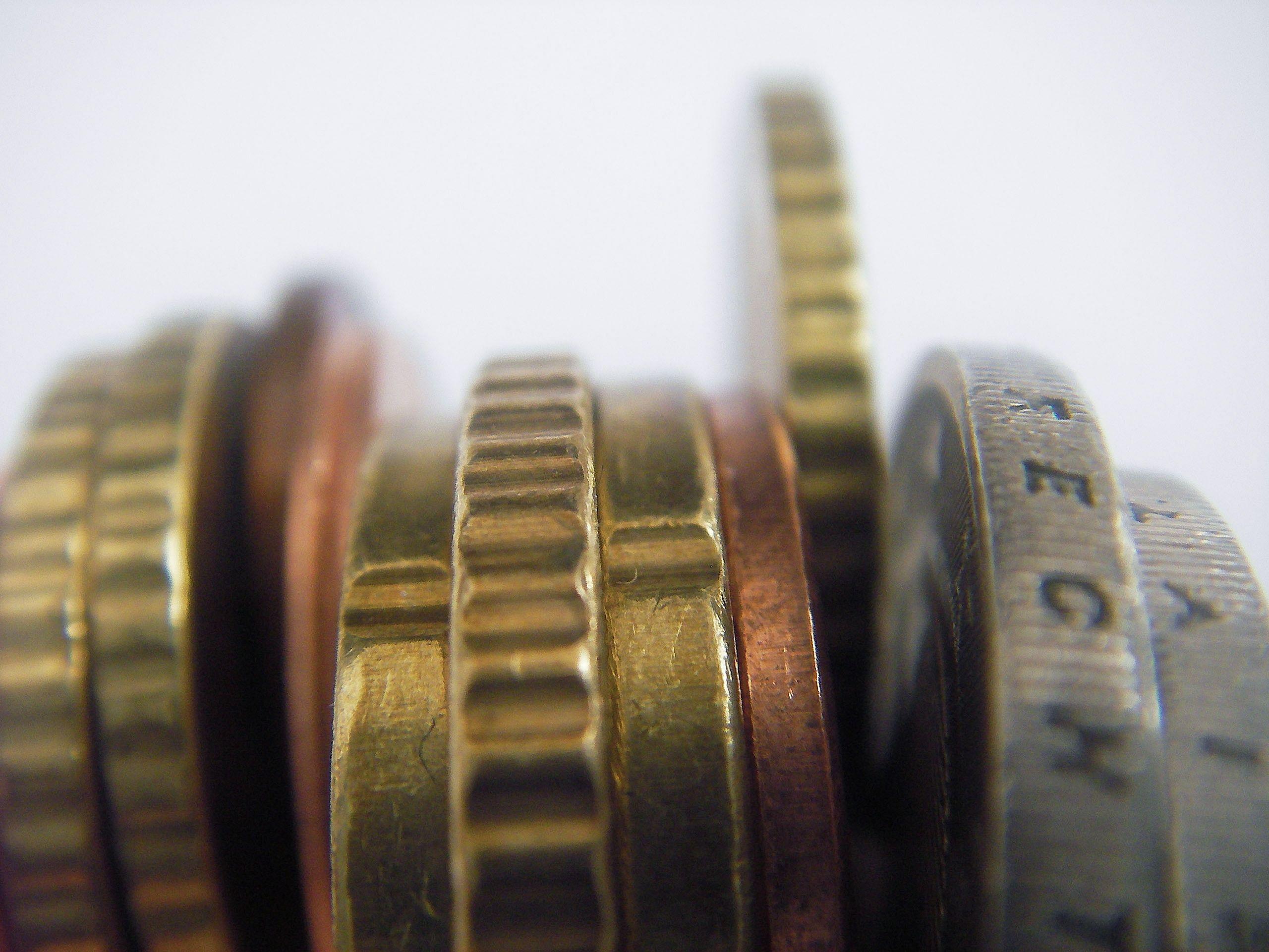 Investuotojai Vyriausybei vėl primoka daugiau