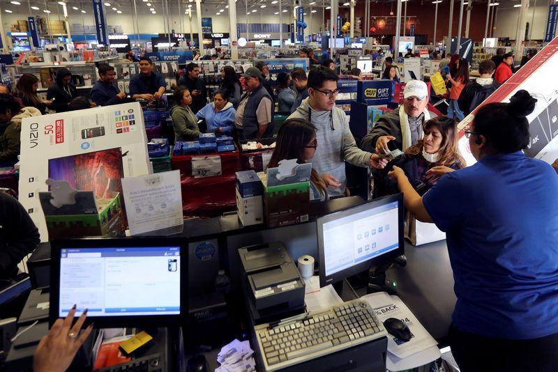 Lapkritį JAV vartotojų pasitikėjimo indeksas pasiekė didžiausią lygį nuo 2007 m. liepos.