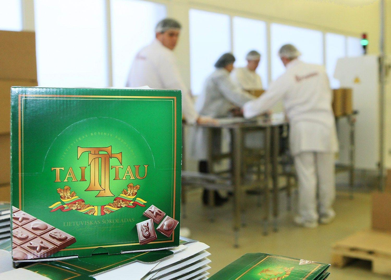Už sugadintą šokoladą siekia išieškoti iš darbuotojų