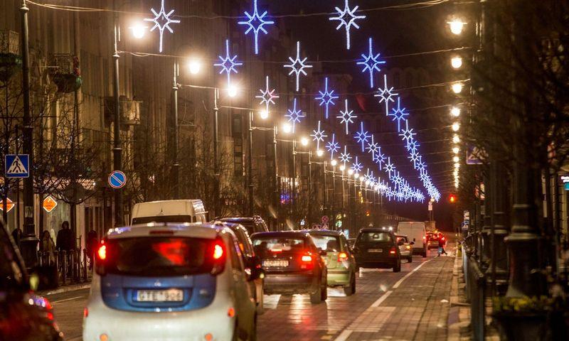 Šventinis sujudimas prekybos tinklų logistikos centruose prasidėjo dar lapkričio pabaigoje. Juditos Grigelytės (VŽ) nuotr.