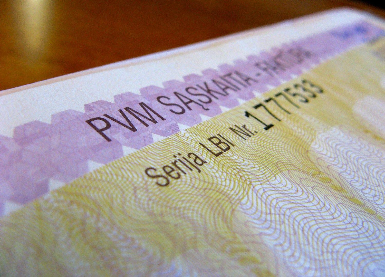 Bankai netikrina, ar sąskaita atitinka gavėją