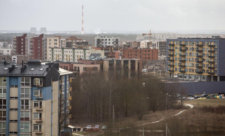 Per metus labiausiai brango seni butai, o per ketvirtį – nauji