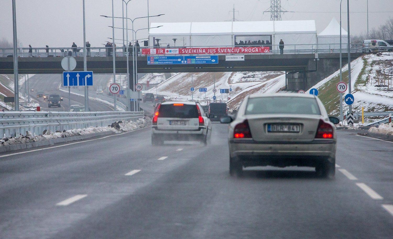 Vilniuje vairuotojams atvertas Vakarinis aplinkkelis