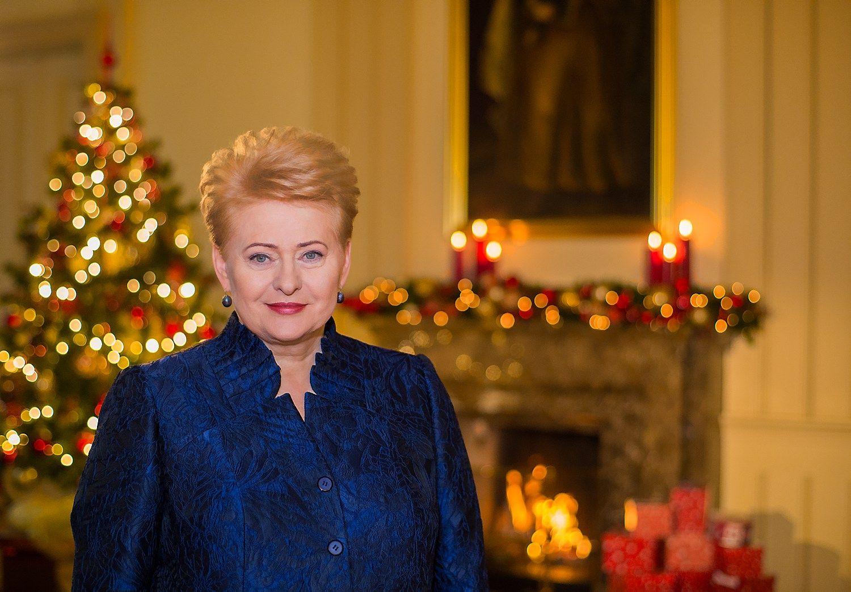 Dalia Grybauskaitė sveikina suKalėdomis