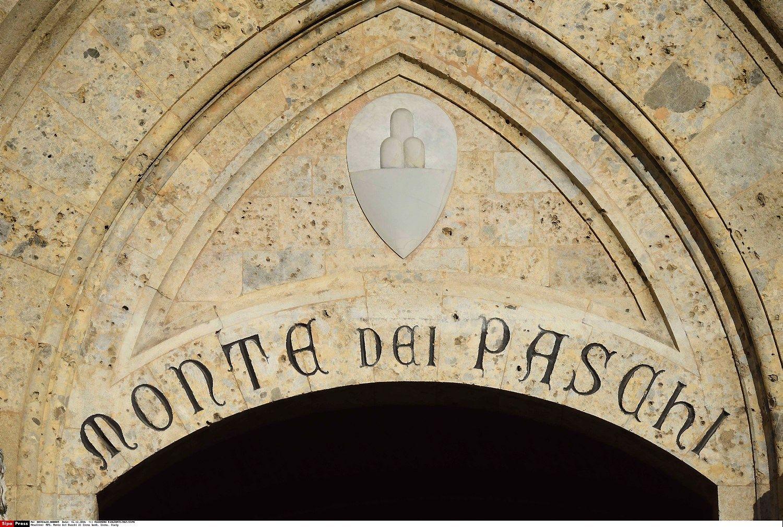 """""""Monte dei Paschi"""" kapitalo trūkumas pašoko iki 8,8 mlrd. Eur"""