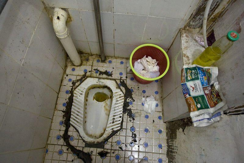 """Tualetas viename iš Pekino restoranų. Heiko Junge (""""Scanpix NORGE """")) nuotr."""
