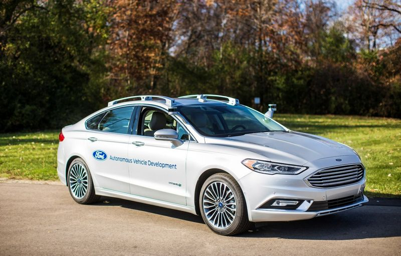 """Ford Fusion Hybrid"". Gamintojo nuotr."