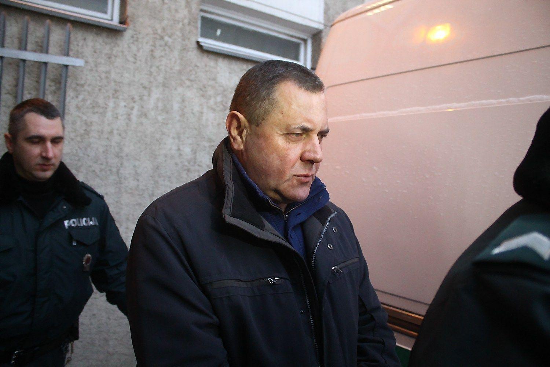42.643 Eur padėkos: Panevėžio ligoninės vadovo byla keliauja į teismą