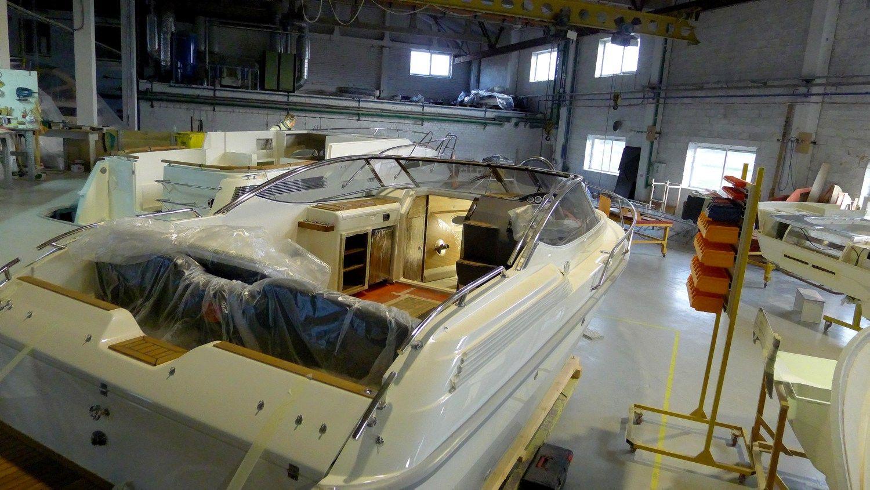 """""""Marex boats"""" katerių gamintojai investuoja į naują dizainą"""