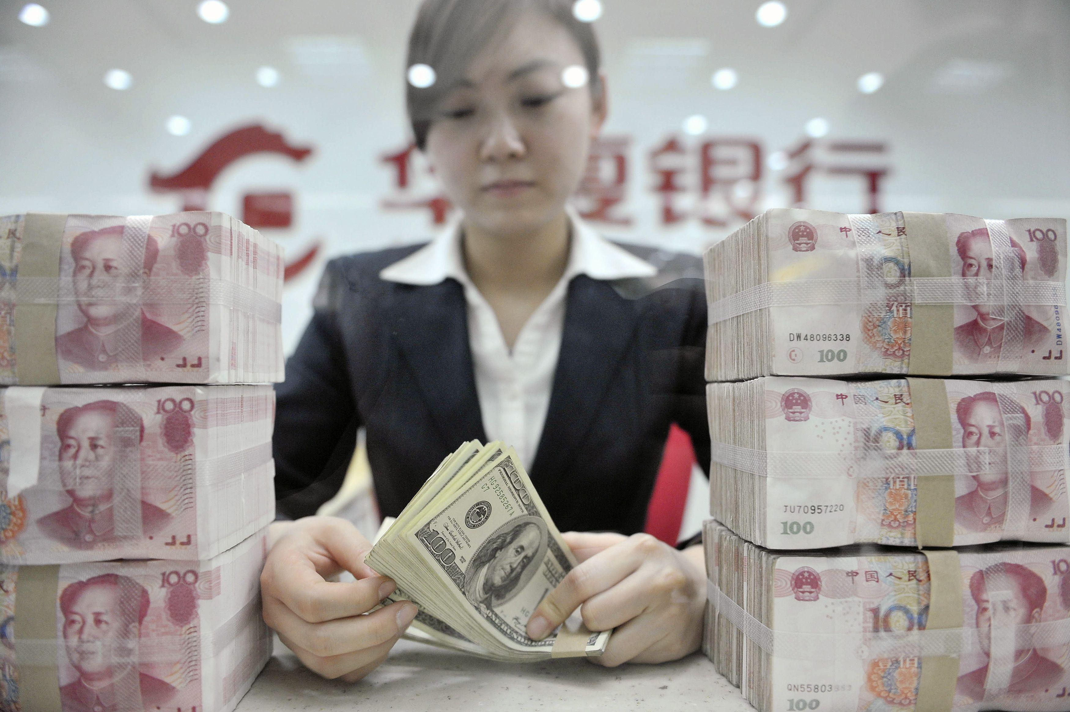 Kinams – apribojimai dėl investavimo užsienio valiuta