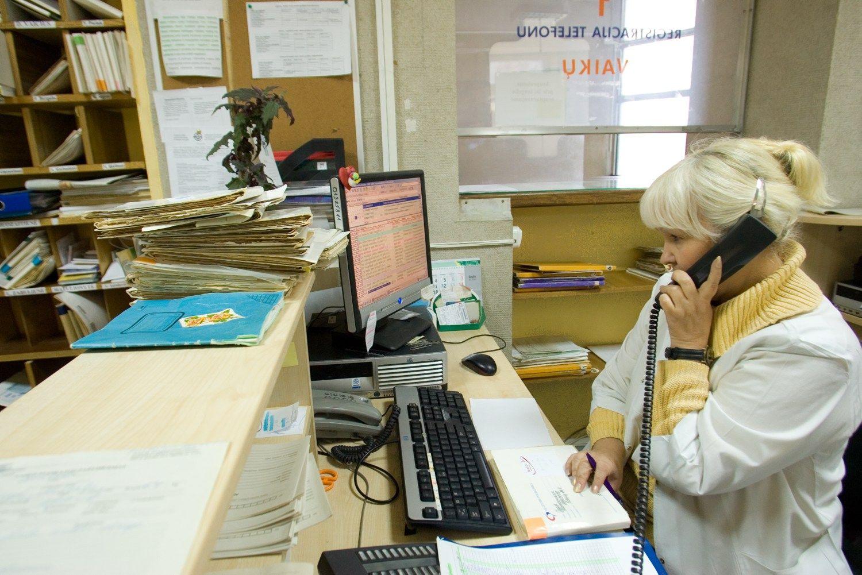 Šiemet didėja socialinės garantijos ligos ir motinystės atvejais