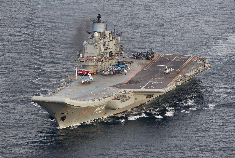 Rusija pradeda savo pajėgų atitraukimą iš Sirijos