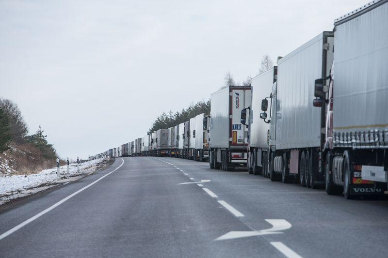 Mokėjimo atidėjimo praktika labiausiai įsitvirtinusi transporto, apdirbamosios pramonės ir statybos sektoriuose. Juditos Grigelytės (VŽ) nuotr.