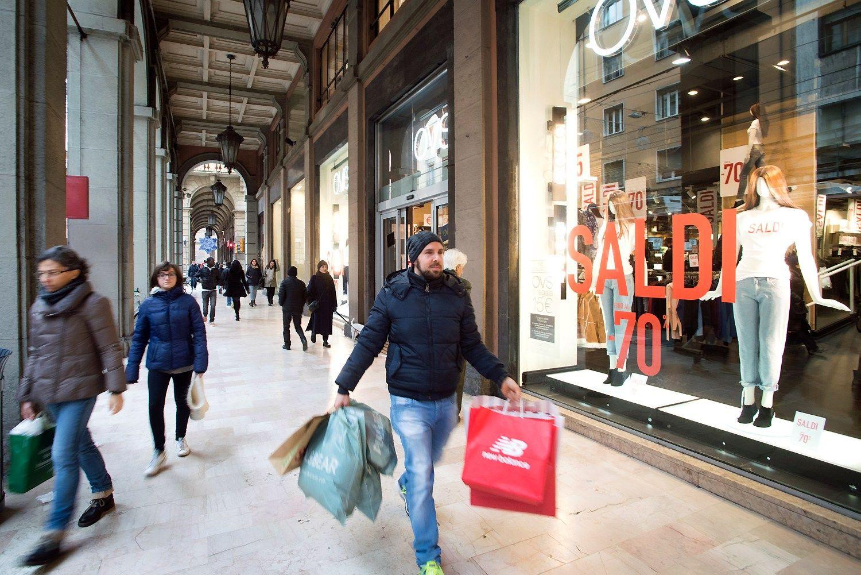 Mažmeninė prekyba lapkritį euro zonoje augo 2,3%