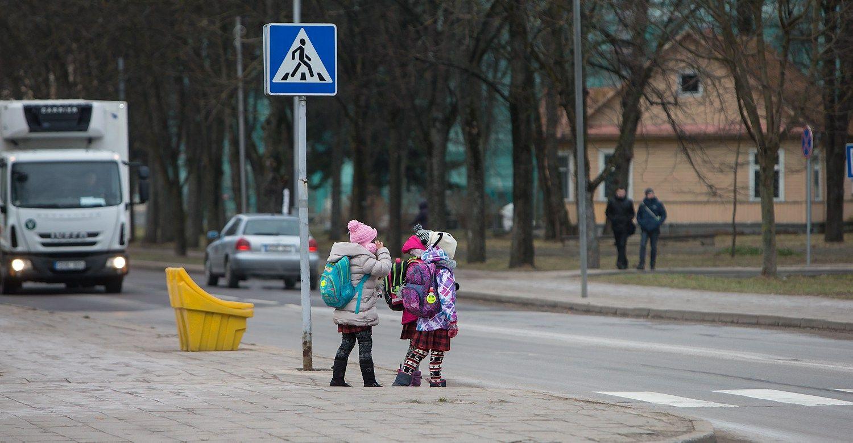 Prezidentė teikia pataisas dėl vaikų saugumo ir įvaikinimo
