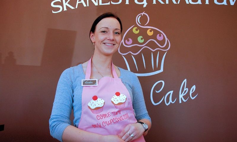 """Vaida Girdauskaitė-Rutkauskienė, krautuvėlės """"Cup Cake direktorė: """"Kuo daugiau pardavėjoms suteiki laisvės, tuo labiau jos jaučiasi krautuvėlės šeimininkėmis."""" IndrĖs Sesartės (VŽ) nuotr."""