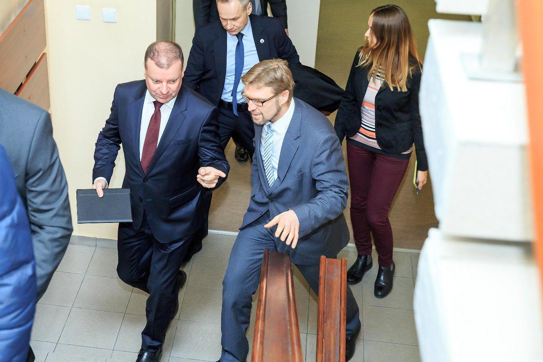 Trišalė taryba dėl Darbo kodekso pakoregavimo turi apsispręsti iki kovo