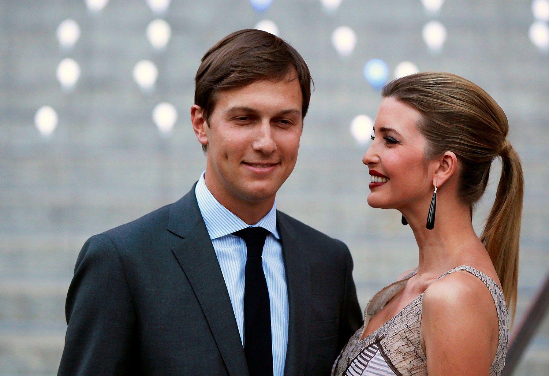 """Donaldo Trumpo dukra Ivanka ir jos vyras Jaredas Kushneris. Lucaso Jacksono (""""Reuters"""" / """"Scanpix"""") nuotr."""