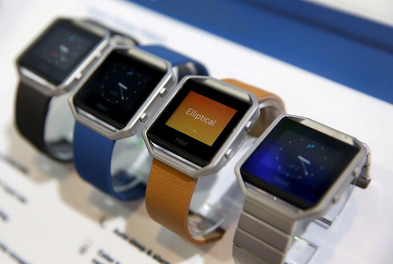 """""""Fitbit"""" suvalgė dar vieną laikrodžių gamintoją"""
