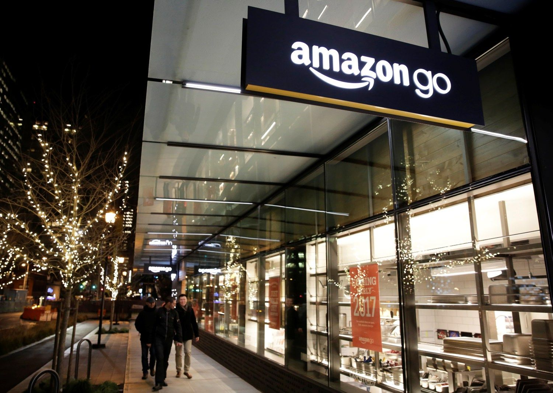 """""""Amazon"""" suplanavo sukurti 100.000 darbo vietų JAV"""