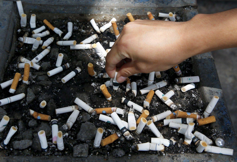 Sveikatos priežiūros specialistai įspėja: liūdnos prognozės rūkantiems