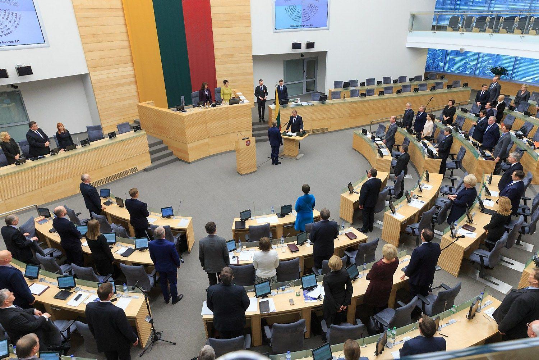 Seimas pratęsė rudens sesiją