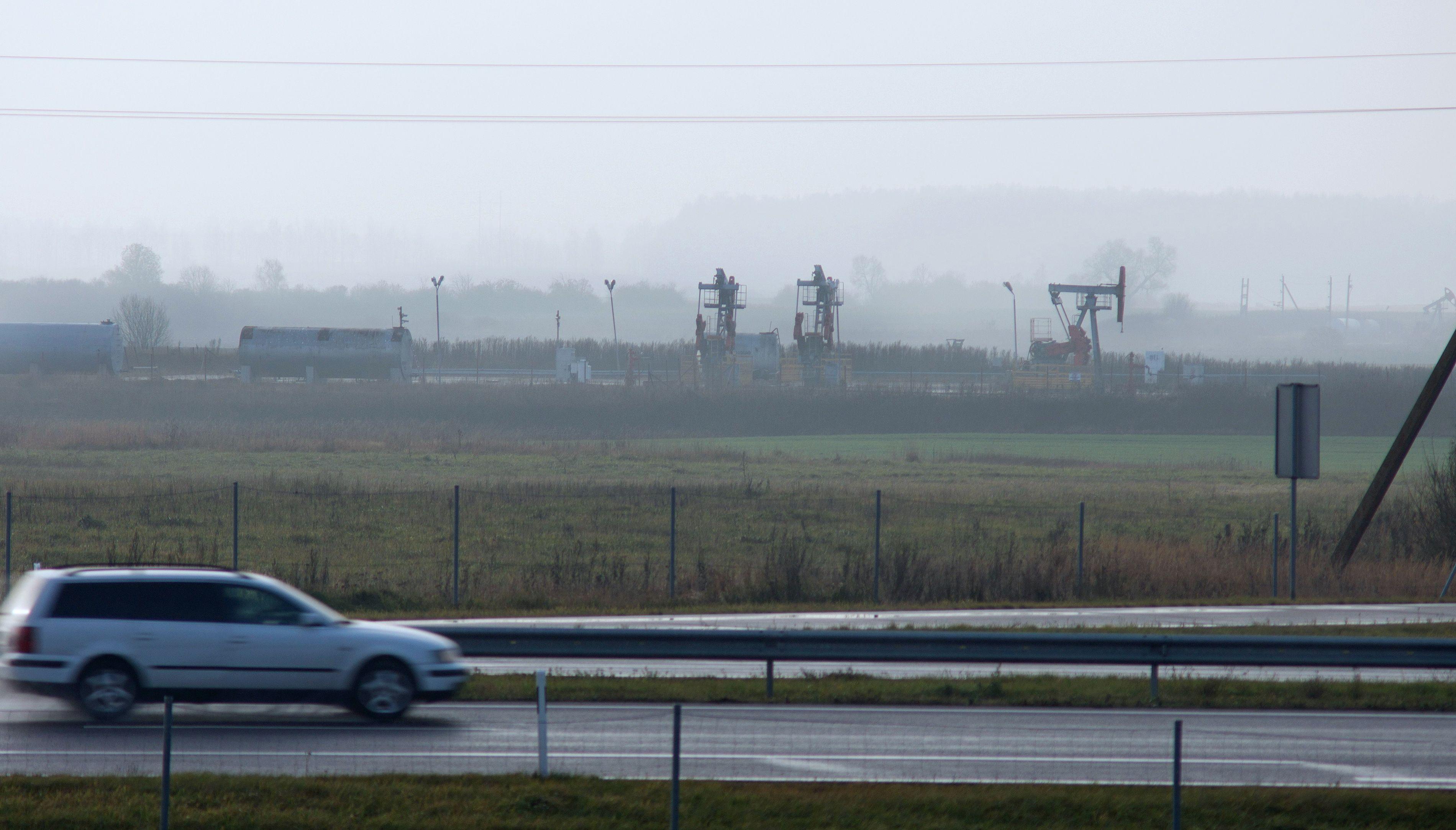 Naftos gavyba Lietuvoje toliau menksta