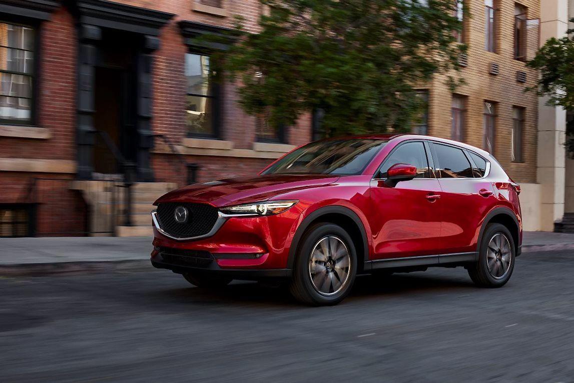 """""""Mazda"""" augimas Europoje – dviženklis"""
