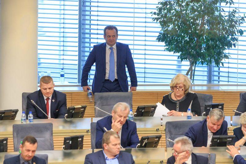 2016 12 13. LR Seimas tvirtina Vyriausybės programą. Vladimiro Ivanovo (VŽ) nuotr.