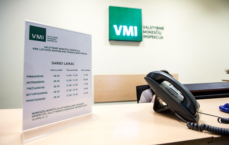 Už grasinimus VMI darbuotojai – 1.500 Eur bauda