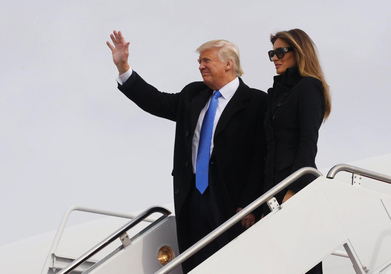 Trumpas inauguracijos išvakarėse atvyko į Vašingtoną