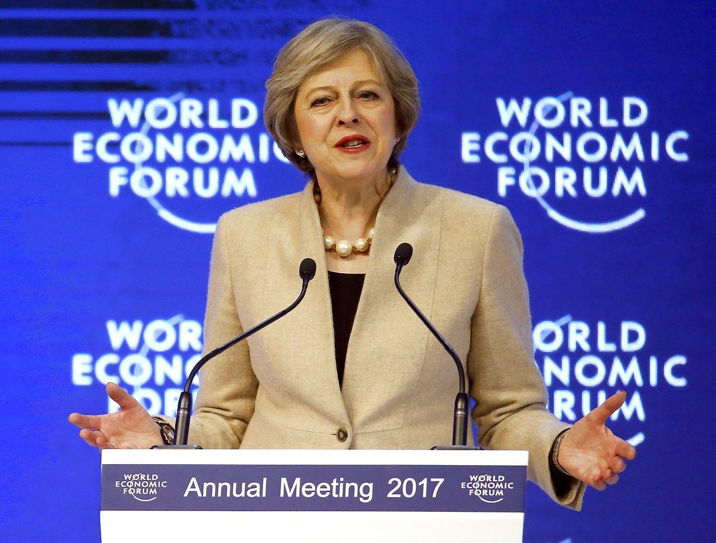Theresa May Davose: JK bus pasaulio prekybos lyderė