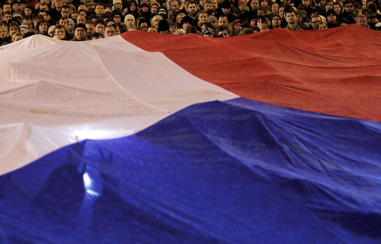 """""""Danske Bank"""" ragina verslą draustis nuo Čekijos kronos brangimo"""