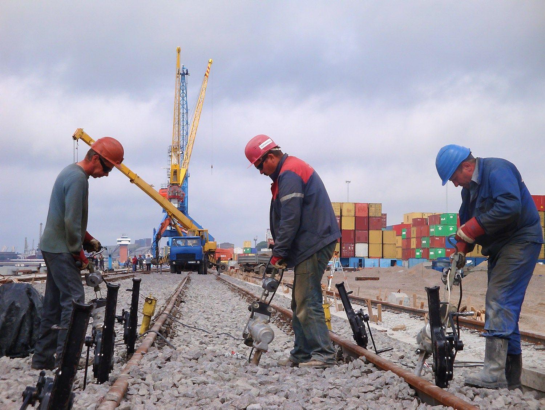 Klaipėdos uostas statybininkų ieško ir užsienyje