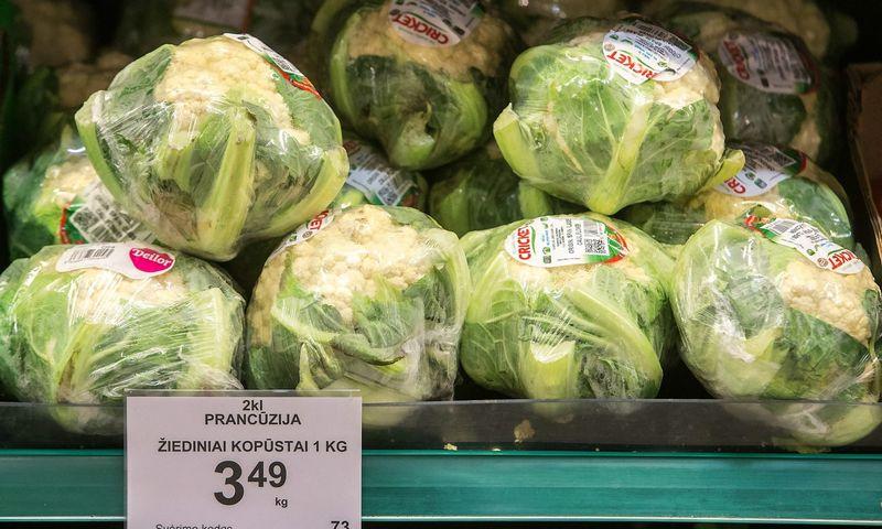 """Gausūs pasiūlymai įvesti PVM lengvatą maistui Seime radosi pernai gegužę, kai kilo vadinamasis """"kalafiorų skandalas"""". Juditos Grigelytės (VŽ) nuotr."""