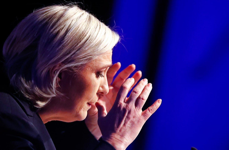 Marine Le Pen ragina sekti amerikiečių ir britų pėdomis