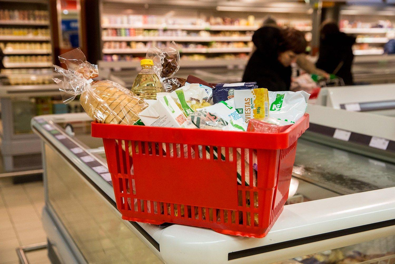 VŽ lygina kainas: kur pigiausias būtiniausių prekių krepšelis