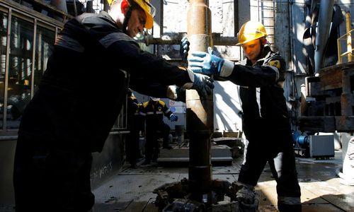 """""""Orlen Lietuva"""" artimiausiais mėnesiais mato pingančią naftą"""