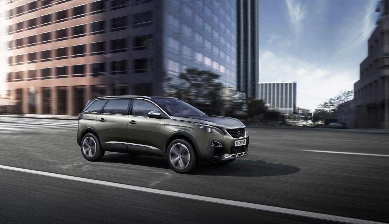 """""""Peugeot"""" užkariauja SUV segmentą – atsivežė naują visureigį 5008"""