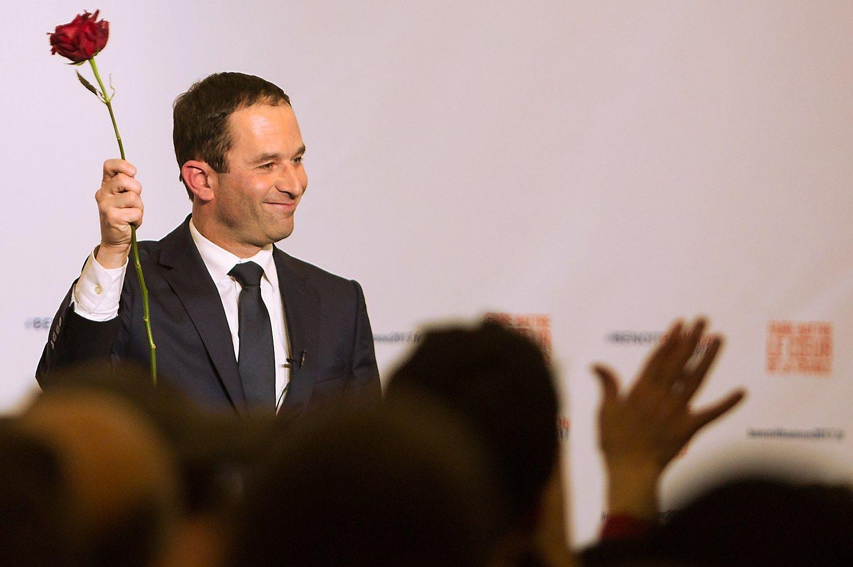 Prancūzijos socialistams prezidento rinkimuose atstovaus buvęs švietimo ministras