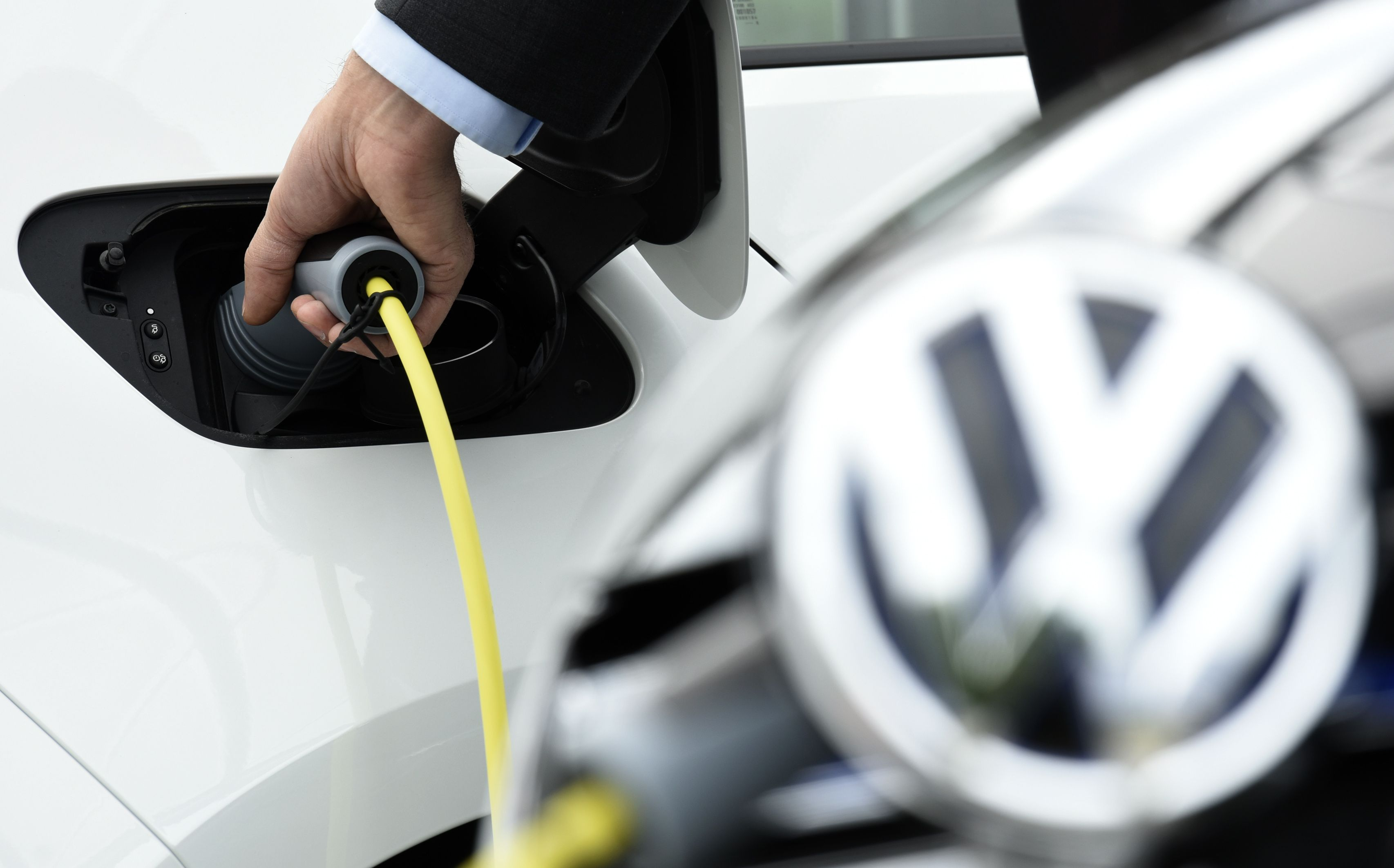 """""""Volkswagen"""" JAV mokės milijardus, o Europoje siūlys pataisyti"""