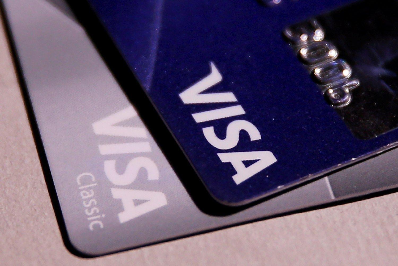 """""""Visa"""" nušluostė nosis """"MasterCard"""" ir """"American Express"""""""
